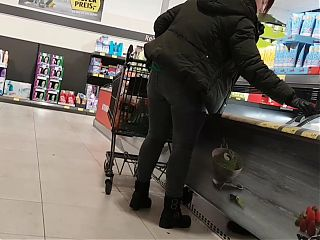 Pawg jeans ass with red hair shopping bend over